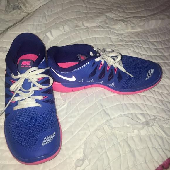 Hot Pink Nike Tennis Shoes | Poshmark